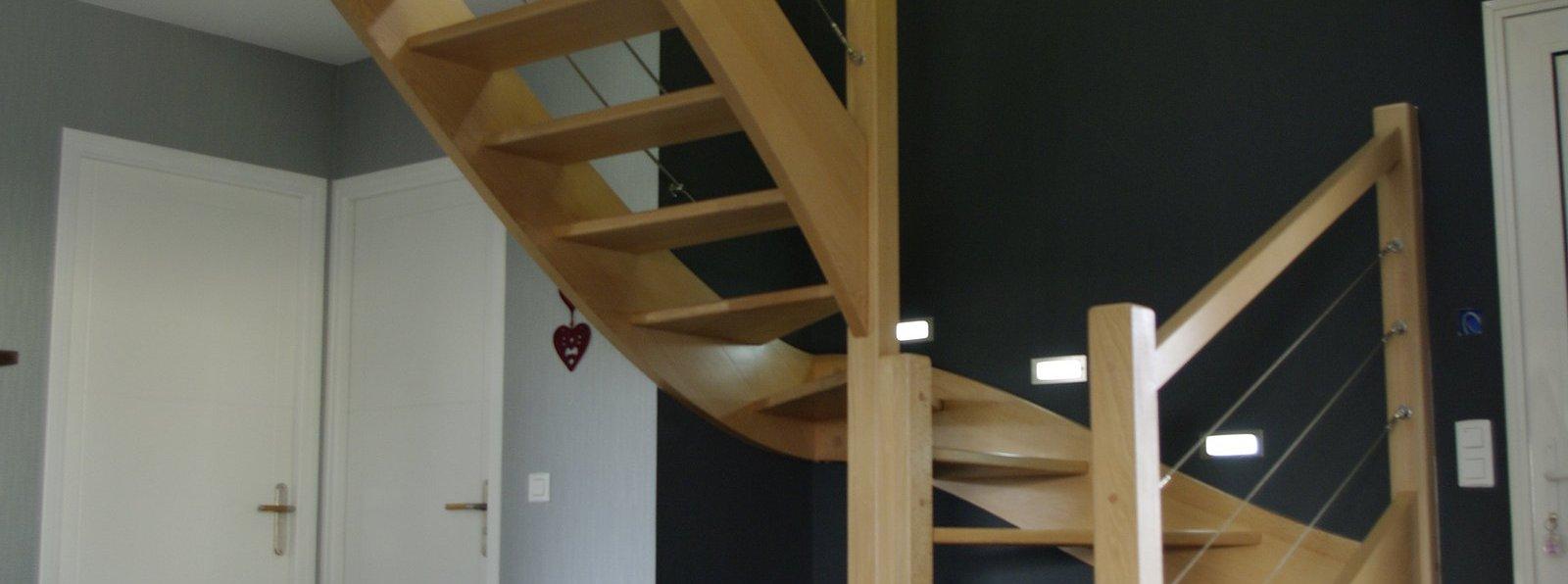 Sbm escaliers fabricant escaliers bois m tal loire 42 for Fabricant escalier bois